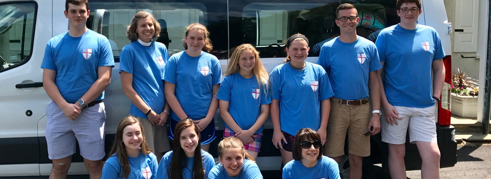 Youth before leaving for mission trip